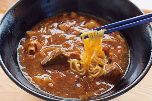 写真:バラエティ麺